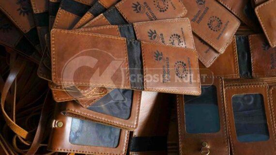 Harga Tempat ID Card Kulit Pegawai Telkom Indonesia